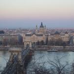 Budapest - Blick auf die Kettenbrücke und den St. Stephansdom